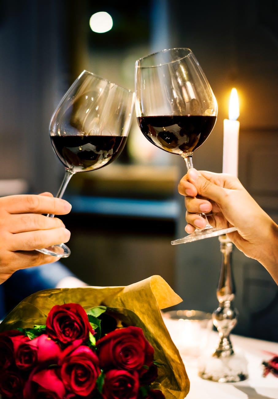 Valentin napi romantikázás