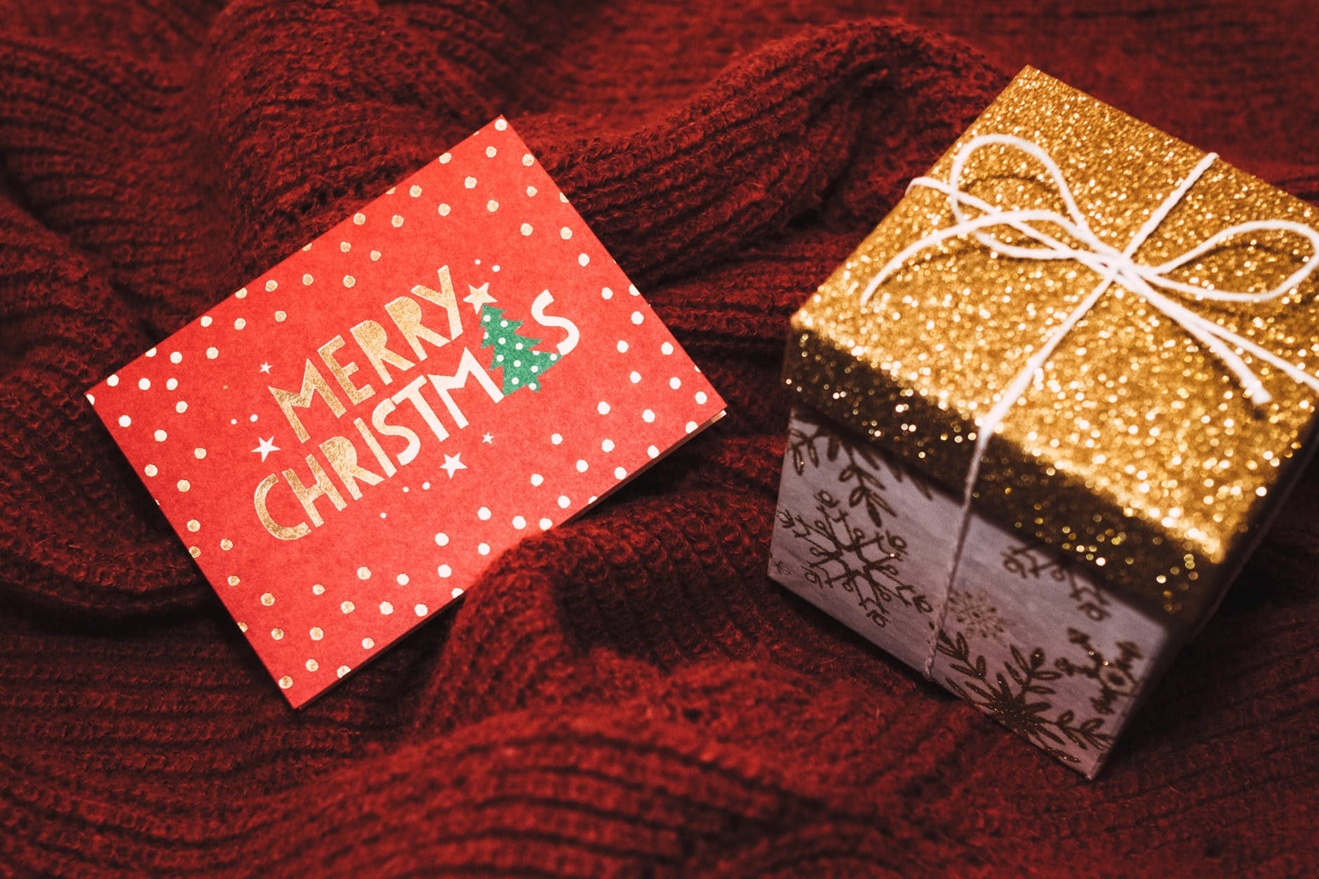 Ajándékutalvány a karácsonyfa alá